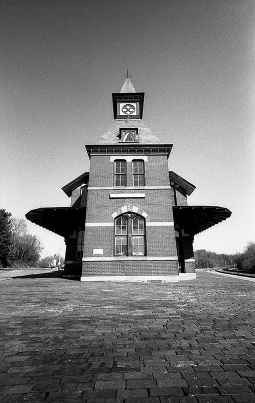 point of rocks maryland voigtlander 15mm heliar black and white film johnny martyr train station historic history symetry brick math