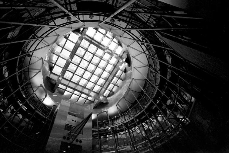 oculus airport miami dade terminal circle waffle leica voigtlander film 35mm black and white johnny martyr